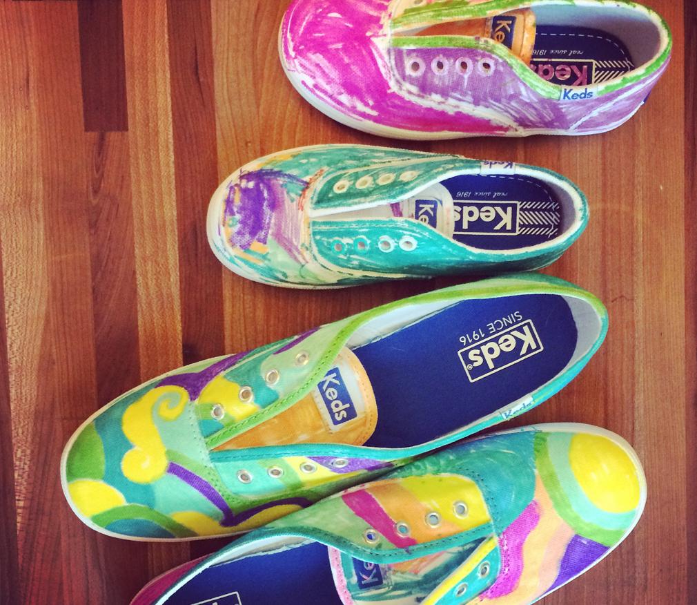 Sharpie Shoe Activity for Children themamavillage.com