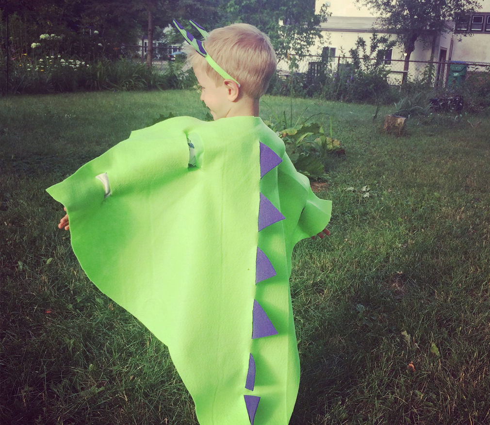 No-Sew Costumes for kids with the mama village