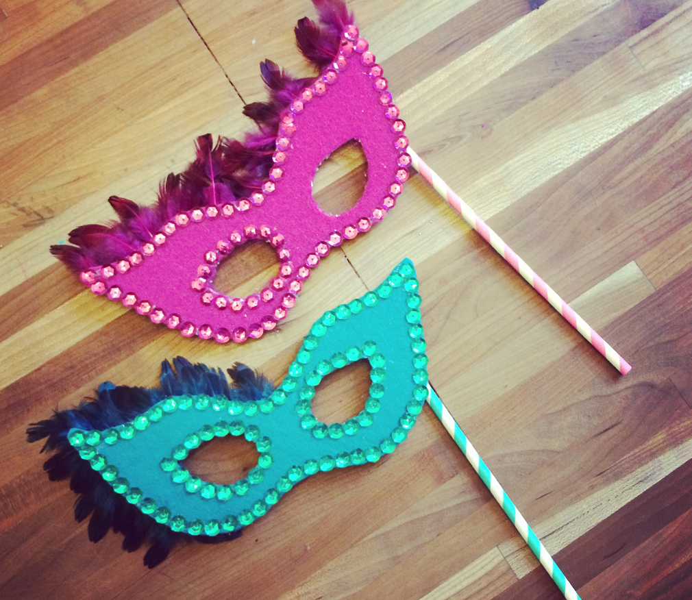 DIY Masquerade Masks with kids the mama village